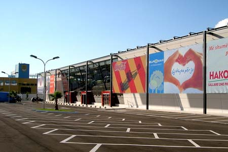 QTU Tirana - Foto Vorderseite
