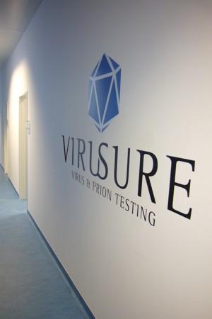 Virusure Labors - Gang und Logo