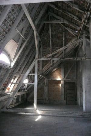 Dachboden (Hrabal Dachbodenpaket)